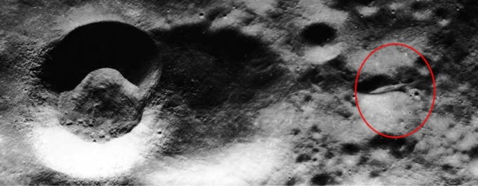 Secret Apollo 20 Film: Was an alien woman found on the moon in a crashed UFO? (Video)